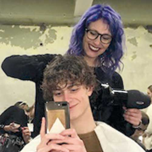 مصففي الشعر أنتونيلا - WELLA PROFESSIONALS